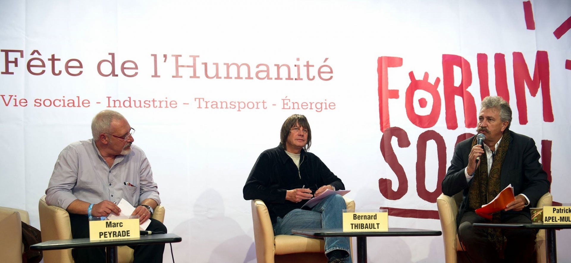 thumbnail of Marc Peyrade, secrétaire général de la Filpac-CGT, Bernard Thibault, ex-secrétaire général de la CGT et Patrick Apel-Muller, directeur de la rédaction de l'Humanité, lors du Forum social, en 2013. PHOTO FILPAC-CGT/DR